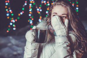 【女性100人に聞いた!】冷え性かも。と思ったら試してほしい、冷え性対策・改善する12の方法